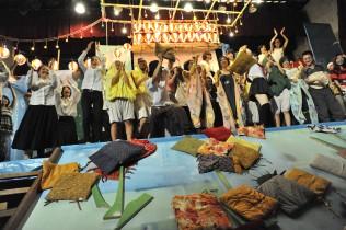 ©2008 Nadegata Instant Party《Offline Instant Dance》2008, Akasaka Art Flower08